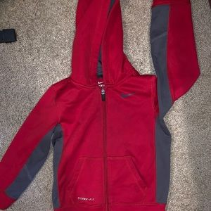 ❤️3 for $15❤️ Nike therma fit boys jacket 5